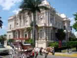 museo-regiona-de-antroplogia-e-historia-merida-yucatan-mexico1