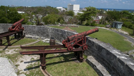 galeria-forte-escadaria-rainha-bahamas-credito-thinkstock-514731747.jpg