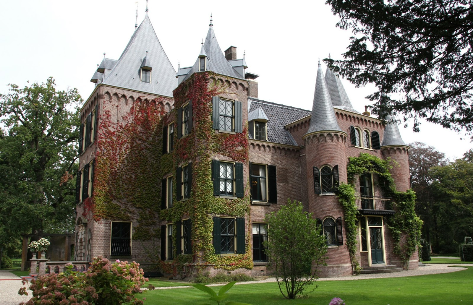 castelo-de-keukenhof