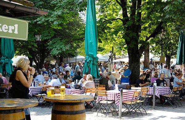 le-migliori-birrerie-di-Monaco-di-Baviera-Biergarten-am-Viktualienmarkt-dove-bere-birra